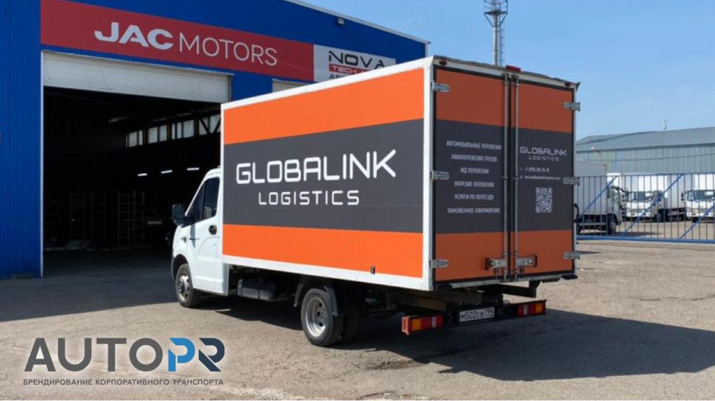 Оклейка грузовиков